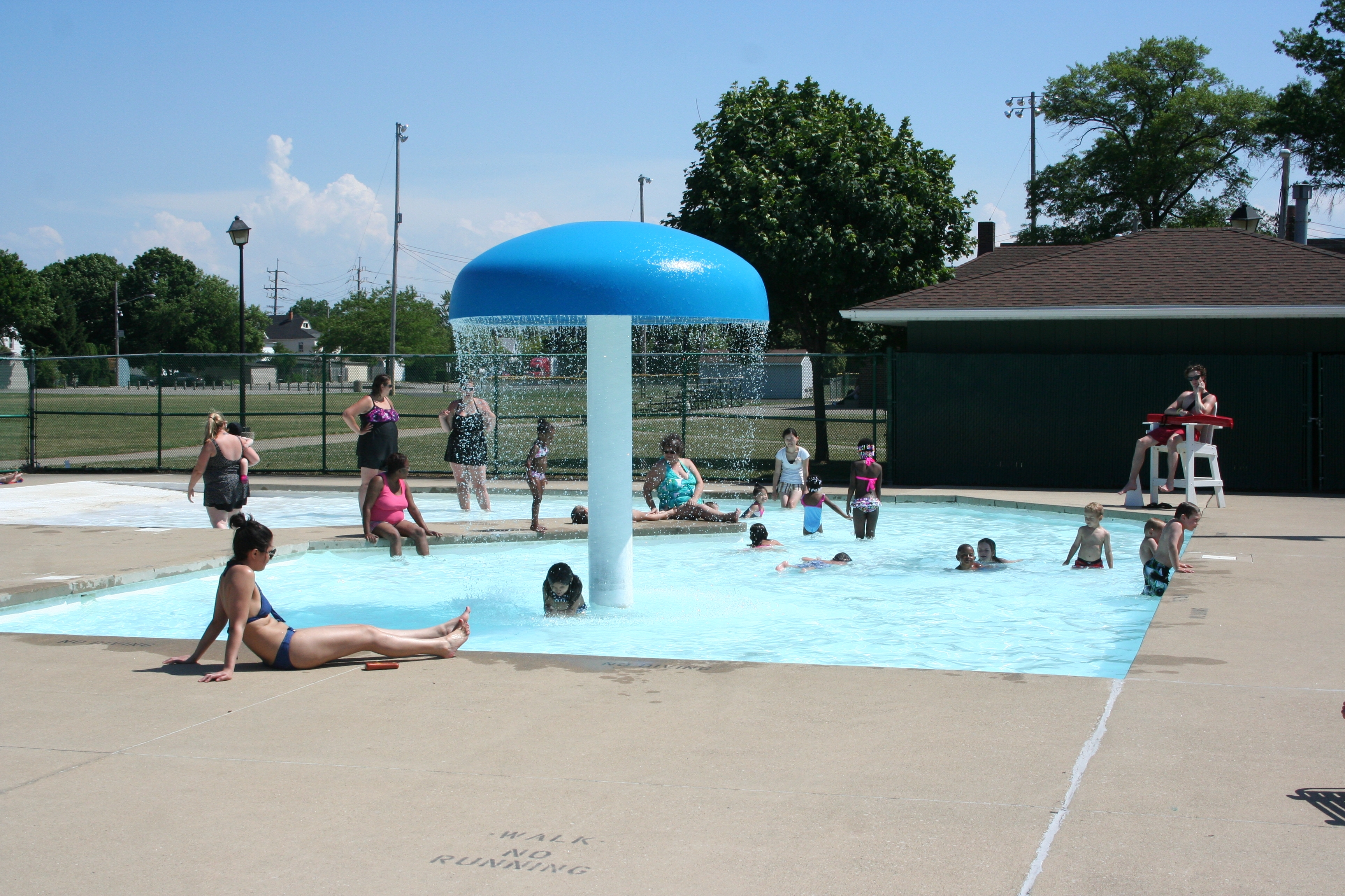 summer employment lakewood recreation department pool positions including lifeguards swim instructors and more